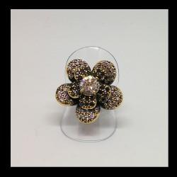 Anello fiore con zirconi